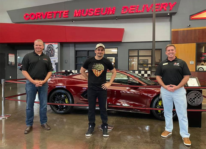 [PICS] Country Music Superstar Brad Paisley Takes Delivery of a 2020 C8 Corvette at the Corvette Museum