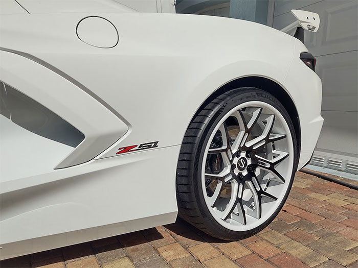 [PICS] This Arctic White 2020 Corvette Makes A Bold Statement with Savini Wheels