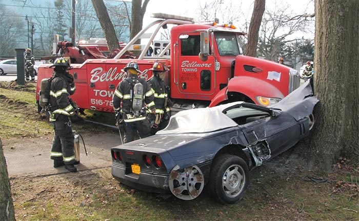 [ACCIDENT] C4 Corvette Hit By Tow Truck and Crashes Into a Tree