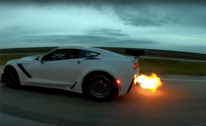 [VIDEO] 2019 Corvette ZR1 Spits Flames In Street Race Against a Dodge Challenger Hellcat