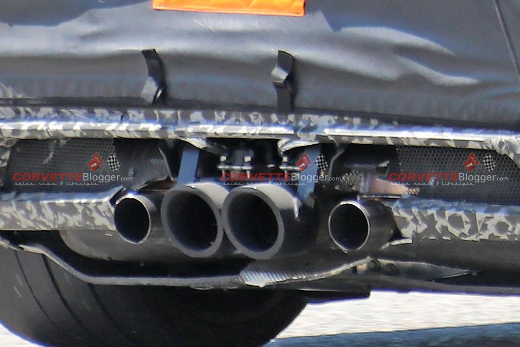 Close-up of 4-pot exhaust