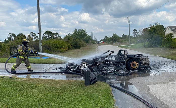 [ACCIDENT] 1994 Corvette Catches Fire in Southwest Florida Neighborhood