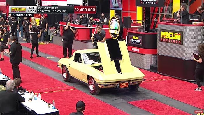 [VIDEO] Watch the Yellow 1967 Corvette L88 Sell for $2.65 Million at Mecum's Glendale Auction