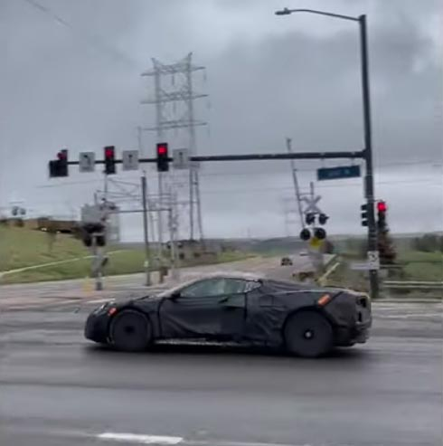 [SPIED] C8 Corvette Prototypes Caught on Video With a Nice Exhaust Note on Takeoff