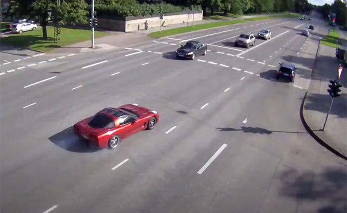 [ACCIDENT] C6 Corvette Street Racing Fail Caught on Traffic Camera