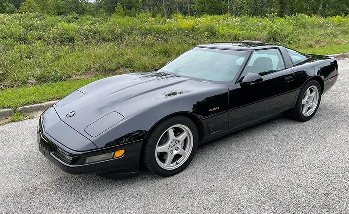 Corvettes for Sale: 11k-Mile 1995 Corvette ZR-1 on Bring a Trailer