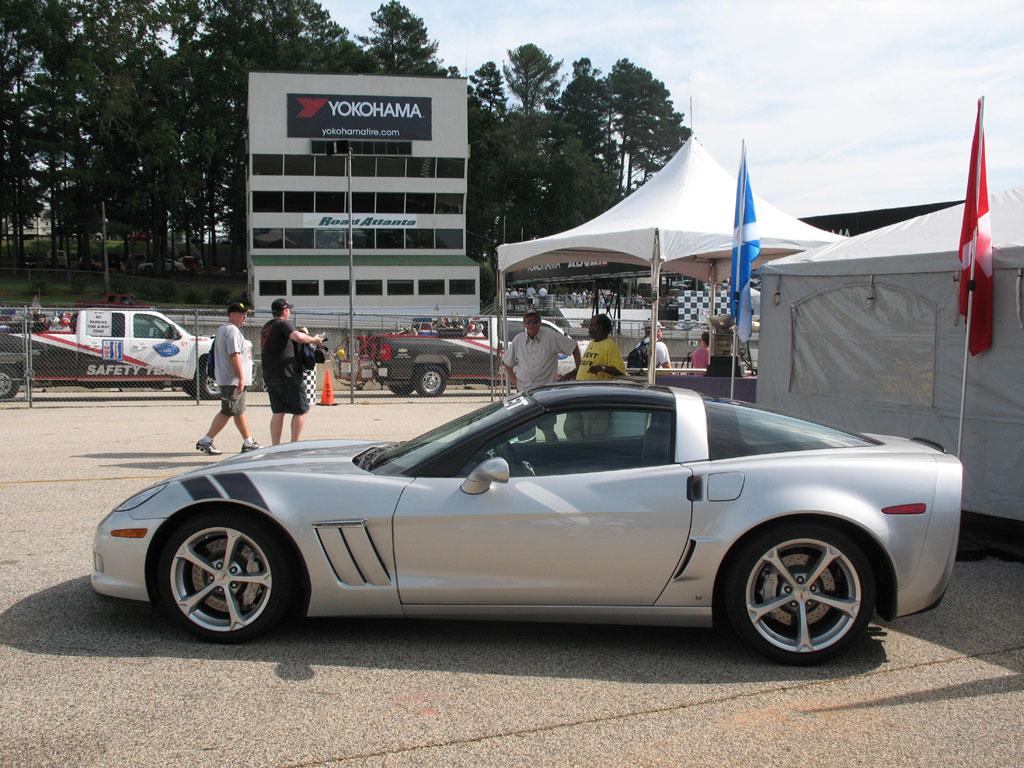 Corvette Racing: 2009 Petit Le Mans Photo Gallery