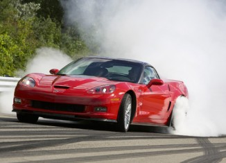 GM Offers Rebate on 2009, 2010 Corvette ZR1s