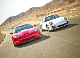 [VIDEO] Motor Trend Compares 2011 Corvette ZR1 vs 2011 Porsche 911 Turbo