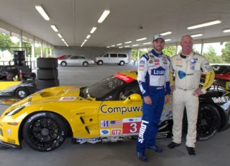 Johnny O'Connell, Jimmie Johnson and DeAngelo Williams on SPEED's Test Drive: Corvette