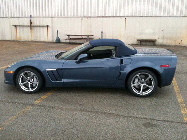 First Look: New Convertible Top Color and Interior Stitching for 2011 Corvette