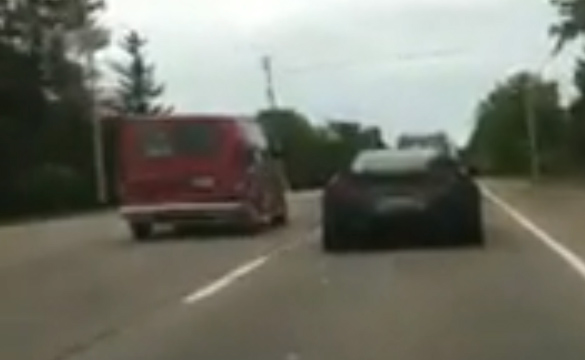[VIDEO] Loud Corvette ZR1 Causes Cargasmic Reaction