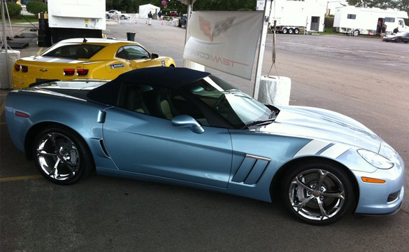 Pic 2012 Carlisle Blue Corvette Grand Sport At