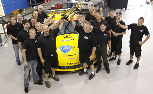 [PIC] Corvette Racing: Mission Accomplished!