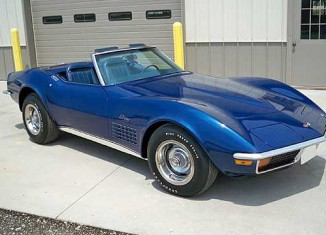 Corvettes at Auction: Mecum Des Moines
