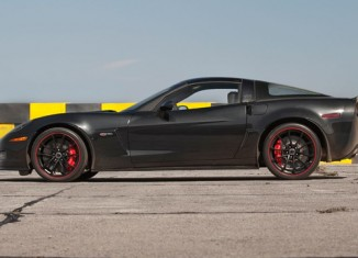 [VIDEO] Motor Trend Tests the 2012 Corvette Z06 Centennial Edition