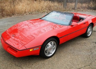 [VIDEO] Zora's 1989 Corvette Sells for $27,000 at Russo and Steele