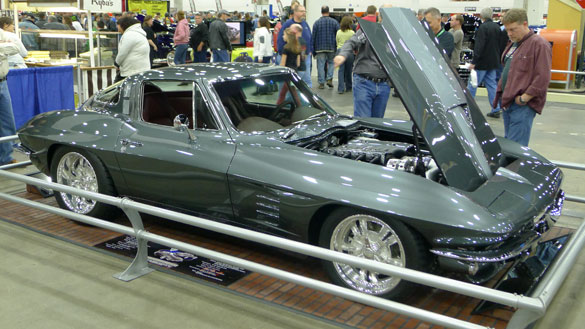 "[PICS] Subtle Outrageousness: 1964 Corvette Named ""Lydia"""