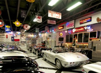 [VIDEO] Filmmaker Michael Brown Shows Off His Texas Corvette Collection