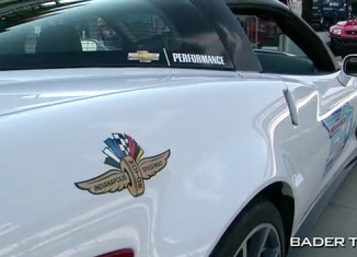 [VIDEO] Ryan Briscoe Drives the 2013 Corvette ZR1 Indy 500 Pace Car