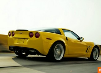 [VIDEO] Bloomberg: Is the 2013 Corvette a Ferrari for the 99%?
