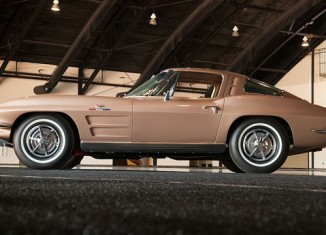 Barrett-Jackson Brings in $1.2 Million in Corvette Sales at 2012 Orange County Auction