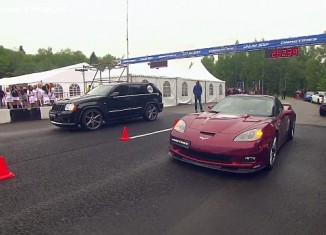 [VIDEO] Drag Race Battles with a Corvette ZR1 Hennessey vs 1200 hp Twin Turbo Jeep SRT-8