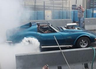 [VIDEO] 1972 Corvette Wins the 2012 Corvettes at Carlisle Burnout Contest