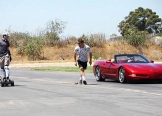 [VIDEO] C5 Corvette Drag Races an Electric SkateBoard