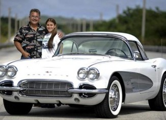 Joe Jackson's 1961 Corvette is a Thing of Beauty