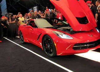 First Retail VIN 2014 Corvette Stingray Sells for $1.05 Million At Barrett-Jackson