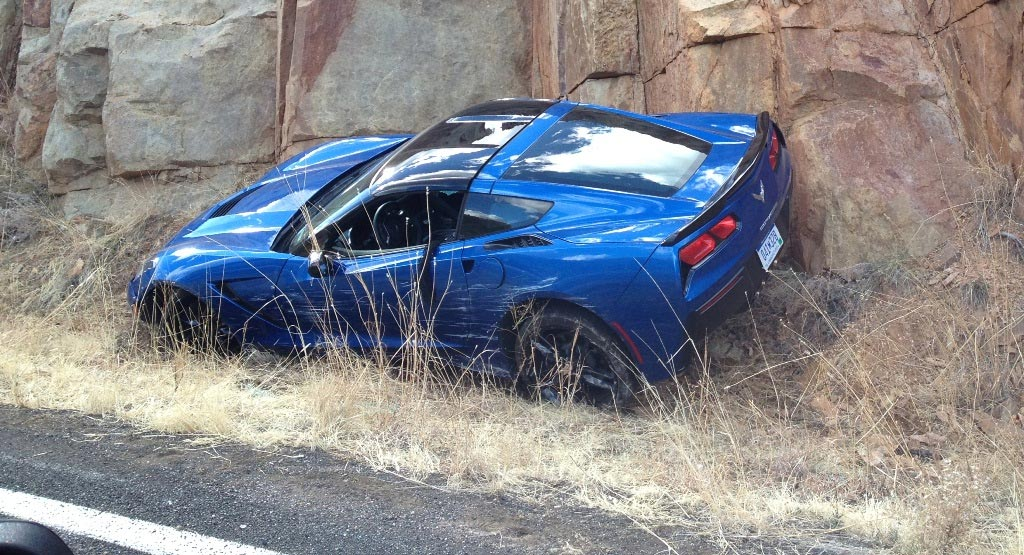[PIC] 2014 Corvette Stingray Coupe Crashes in Arizona