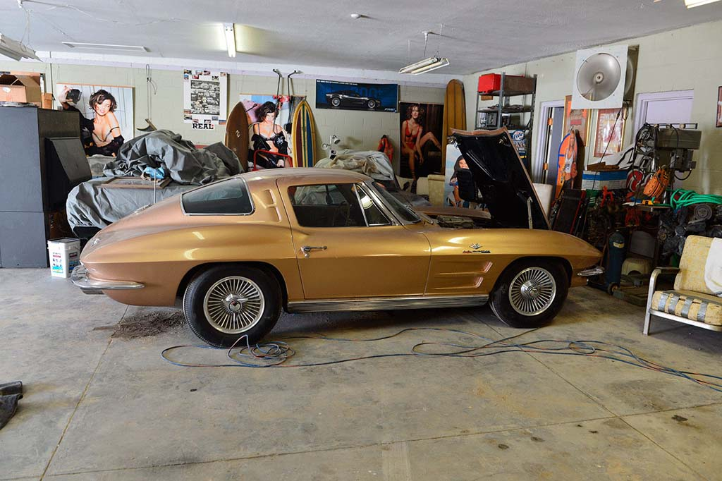 Vicari Offers Rare 1962 Fuelie and 1963 Corvette Z06 at Nocona Auction