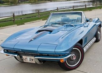 This Classic 1967 Corvette is Enhanced with Modern Technology