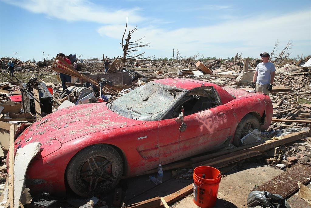 "[PIC] 2002 Corvette Z06 is a True ""Survivor Corvette"" Following Oklahoma Tornado"
