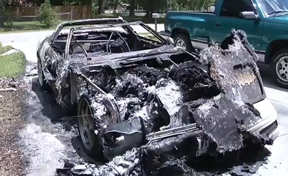 [VIDEO] Jacksonville Arsonist Targets a C4 Corvette