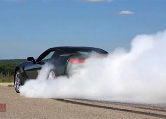 [VIDEO] 2014 Corvette Stingray Burnout with Tony Stewart