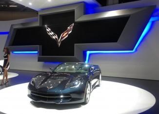 [VIDEO] C7 Corvette Stingrays Shine at the IAA 2013 Motor Show in Frankfurt