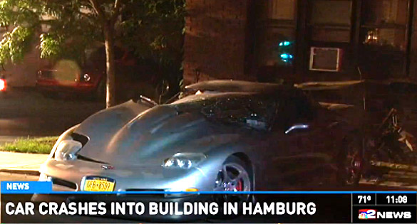[VIDEO] Driver Flees After Crashing a C5 Corvette into an Apartment Building
