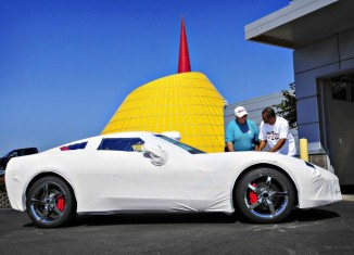 Corvette Museum Begins Customer Deliveries of the 2014 Corvette Stingray