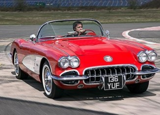 Top Gear's Richard Hammond Drives a 1958 Corvette