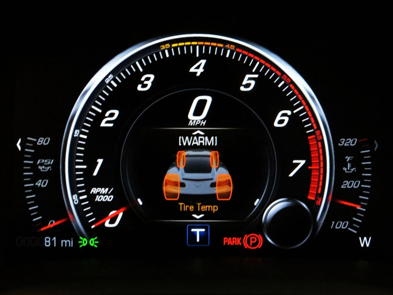 [VIDEO] GM Lets You Know When It's Okay to Redline Your New 2014 Corvette Stingray