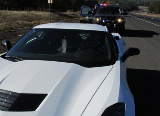 [PIC] Is This the C7 Corvette Stingray's First Encounter with Law Enforcement?