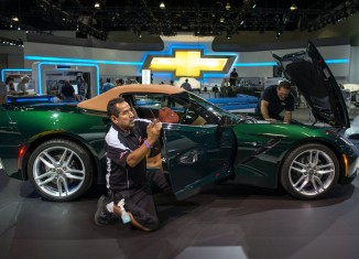 [PICS] Chevrolet's Undergoing Final Prep for the 2013 LA Auto Show