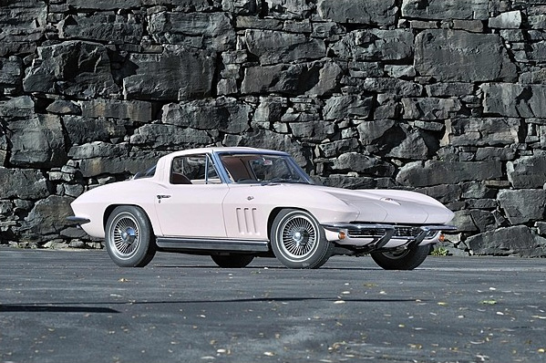 Mrs. Harley J. Earl's 1963 Corvette to be Offered at Mecum Kissimmee