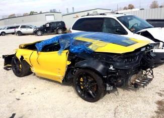 [PIC] Wrecked C7 Corvette Stingray