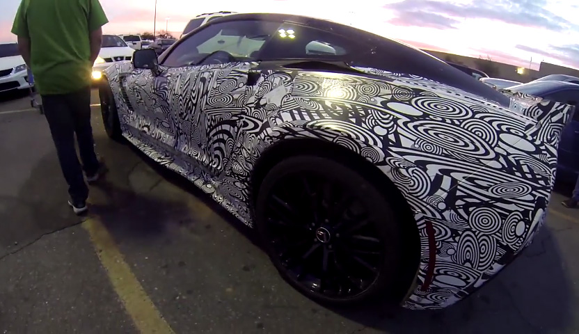 [VIDEO] C7 Corvette Z06 Prototype Spotted at Yuma Arizona Walmart