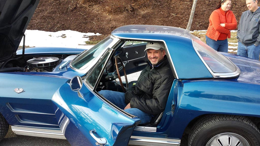 Connecticut Man is Reunited with His Dad's 1964 Corvette