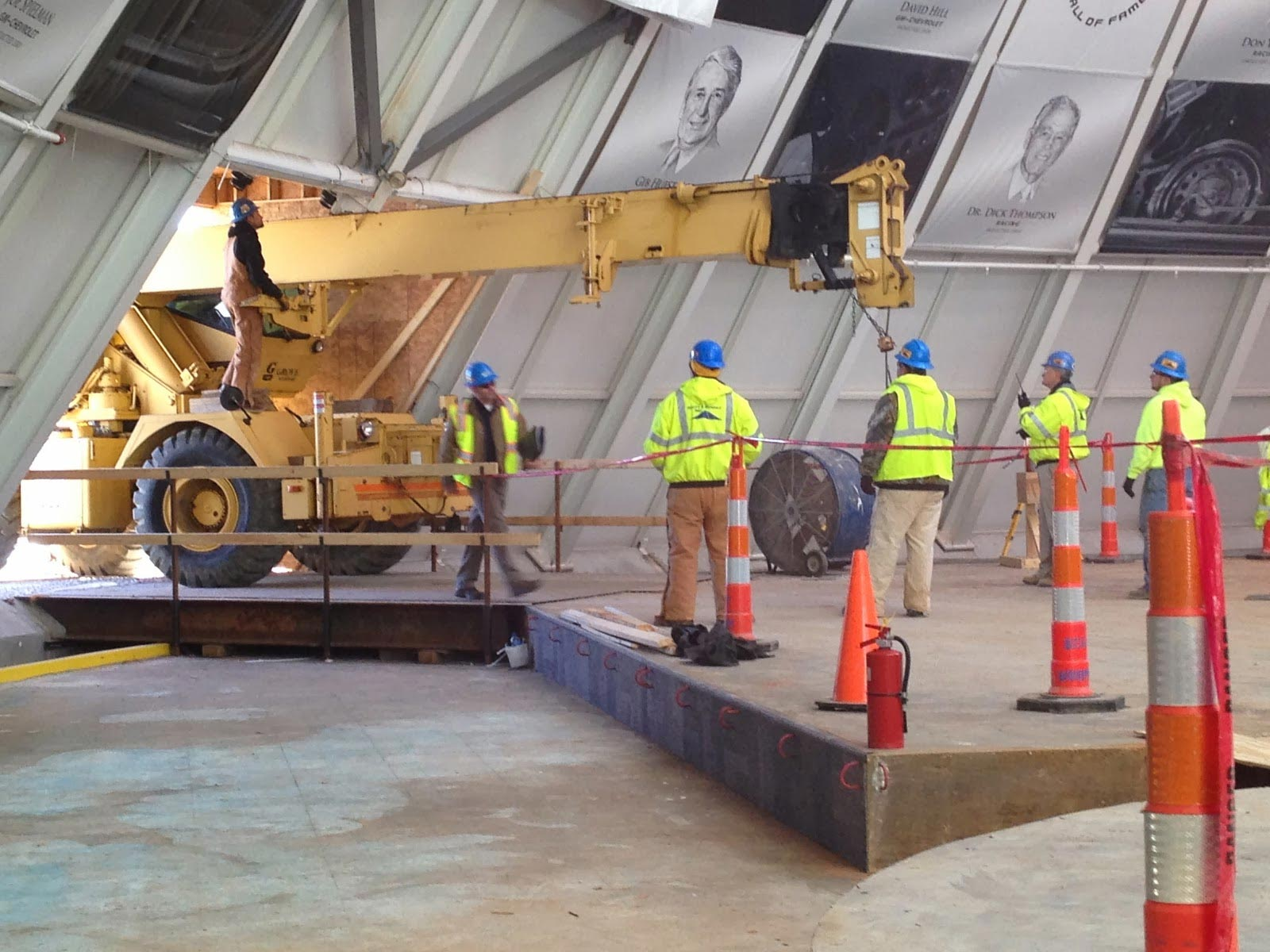 Corvette Museum to Start Removing Corvettes from Sinkhole Next Week