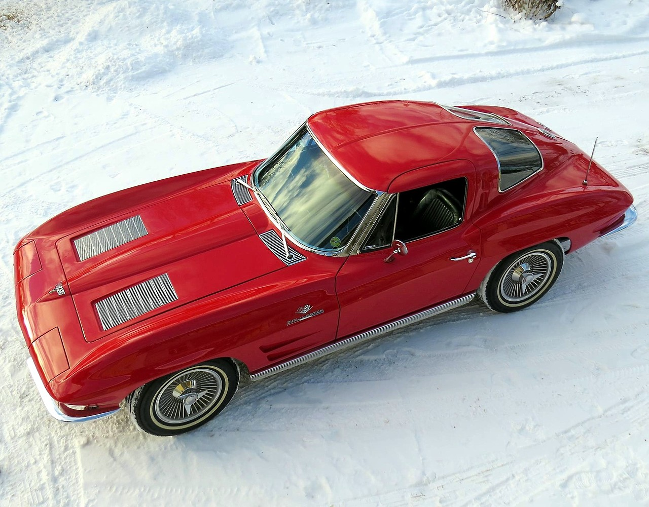 [GALLERY] Midyear Monday (30 Corvette photos)
